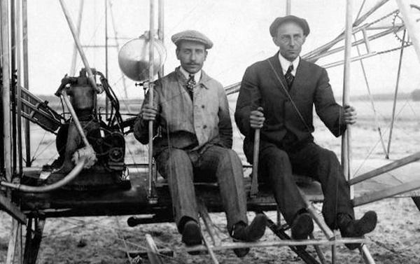 117 წლის წინ ძმებმა რაიტებმა პირველი ფრენა განახორციელეს