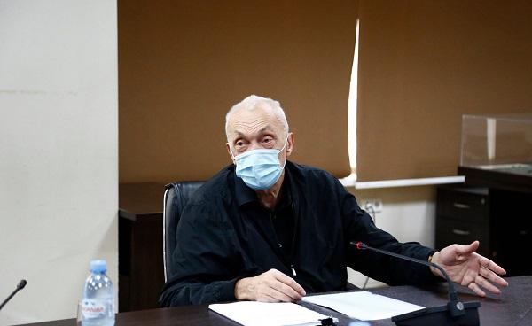 არ გამიცია რეკომენდაცია ჩინური ვაქცინის შემოტანაზე. ეს საკითხი ჩემი გადასაწყვეტი არ არის - თენგიზ ცერცვაძე