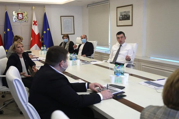 პრემიერ-მინისტრმა, სახელმწიფო საწარმოების რეფორმის ფარგლებში, მორიგი შეხვედრა საქართველოს ფოსტის შესახებ  გამართა