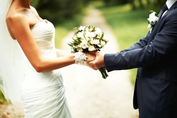 ახალდაქორწინებულ წყვილებზე ამბროლაურის მერია 1000 ლარის ერთჯერად დახმარებას გასცემს