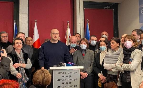 სოლიდარობას ვუცხადებთ მელიას და ენმ-ს მცდელობას, წინააღმდეგობა გაუწიოს ქართული ოცნების სვლას ავტორიტარიზმისკენ - ოპოზიციური პარტიები