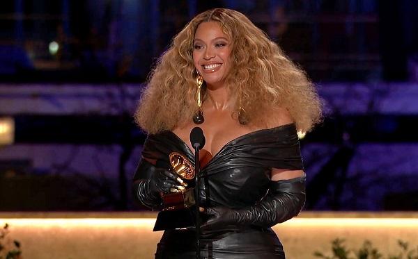 ბიონსემ გრემის 28-ე ჯილდო მიიღო, რითაც დაჯილდოების ისტორიაში ყველაზე ტიტულოვანი ქალი არტისტი გახდა
