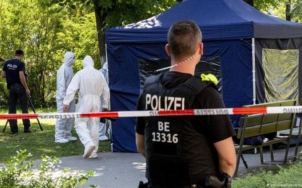 მკვლელობა ბერლინში: როგორც ჩანს, რუსეთის სპეცსამსახური ხანგოშვილის სავარაუდო მკვლელის მეუღლეს მალავს