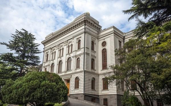 საქართველოში 64 უმაღლესი საგანმანათლებლო დაწესებულებაა, რომელთაგან 39 თბილისშია