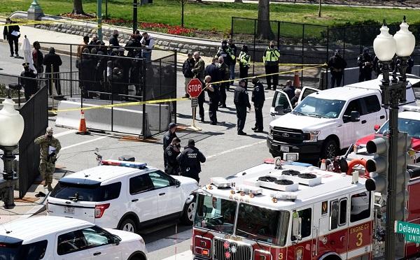ვაშინგტონში, კაპიტოლიუმთან ავტომობილი ორ პოლიციელს დაეჯახა, ტერიტორიაზე ლოკდაუნი გამოცხადდა
