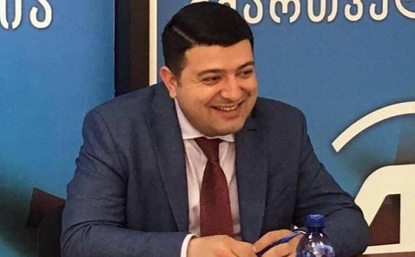 """20 ივნისის შემდეგ """"ქართული ოცნება"""" გახარიას გვერდით დაუდგა, დაიცვა, დაბანა, ჩააცვა და დავარცხნა - დიმიტრი სამხარაძე"""