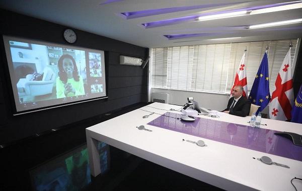 ლაშა ხუციშვილმა, როგორც ADB-ის მმართველთა საბჭოს თავმჯდომარემ, აზიის განვითარების ბანკის 54-ე წლიური შეხვედრის ფარგლებში გამართული სემინარი გახსნა
