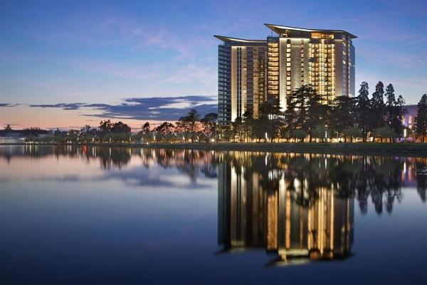 Hilton Batumi Hotel-ში2021 წლის მაისში 2019 წლის მაისის დატვირთულობის დაახლოებით70-80%-იუკვე აღდგა