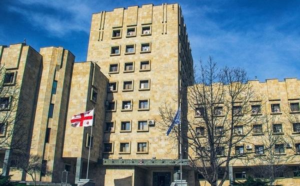 პროკურატურის ინფორმაციით, ბერა ივანიშვილს, ირაკლი ღარიბაშვილსა და ანზორ ჩუბინძეს 2012 წლის არჩევნებამდე უსმენდნენ