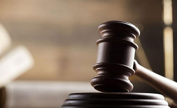 8 წლის ბავშვის გაუპატიურებაში ბრალდებულ მამა-შვილს პატიმრობა შეეფარდა - დაკავებულები ბრალს არ აღიარებენ