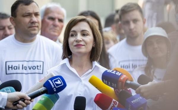 მოლდოვის ვადამდელ საპარლამენტო არჩევნებში პრეზიდენტ მაია სანდუს პარტია ლიდერობს