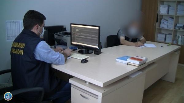 საგამოძიებო სამსახურმა ქრთამის აღების ფაქტზე სურსათის ეროვნული სააგენტოს თანამშრომელი დააკავა