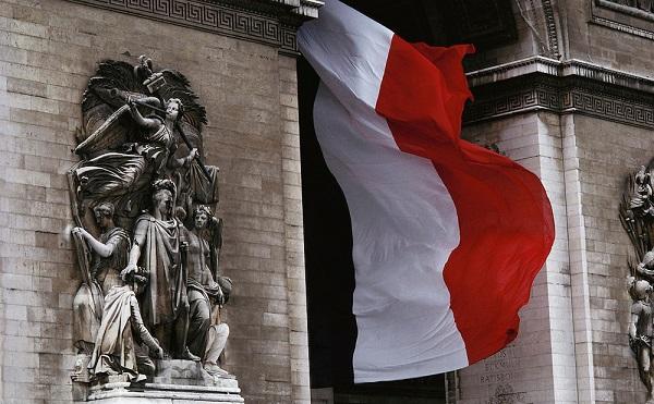 საფრანგეთი ამერიკიდან და ავსტრალიიდან ელჩებს გაიხმობს კონსულტაციებისთვის