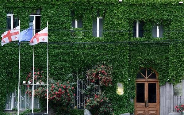 კულტურის სამინისტრომ საქართველოს ხელოვნების სასახლისთვის ისტორიული შენობა შეიძინა - განცხადება