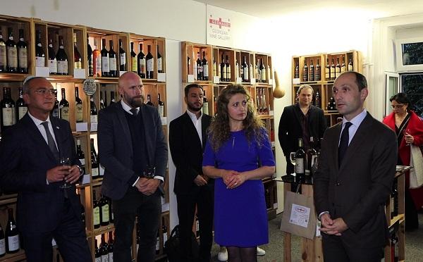 ციურიხში ქართული ღვინის გალერეა გაიხსნა