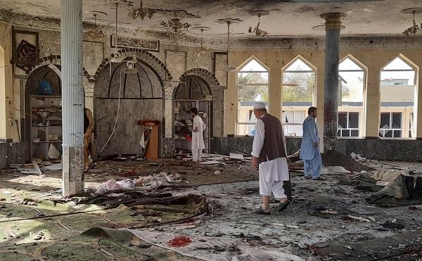 სულ მცირე 100 ადამიანი ემსხვერპლა ავღანეთში მეჩეთში მომხდარი აფეთქებას