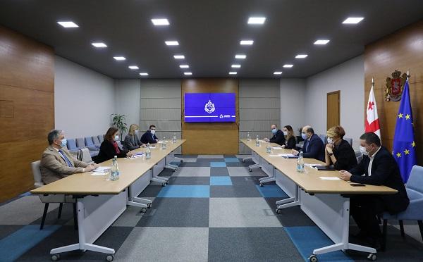 ალექსანდრე დარახველიძე მიგრაციის საერთაშორისო ორგანიზაციის (IOM) საქართველოს მისიის ხელმძღვანელს შეხვდა