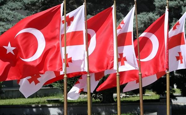 თურქეთმა საქართველოს თავდაცვის ძალებს ახალი სპეციალური ტექნიკა გადასცა